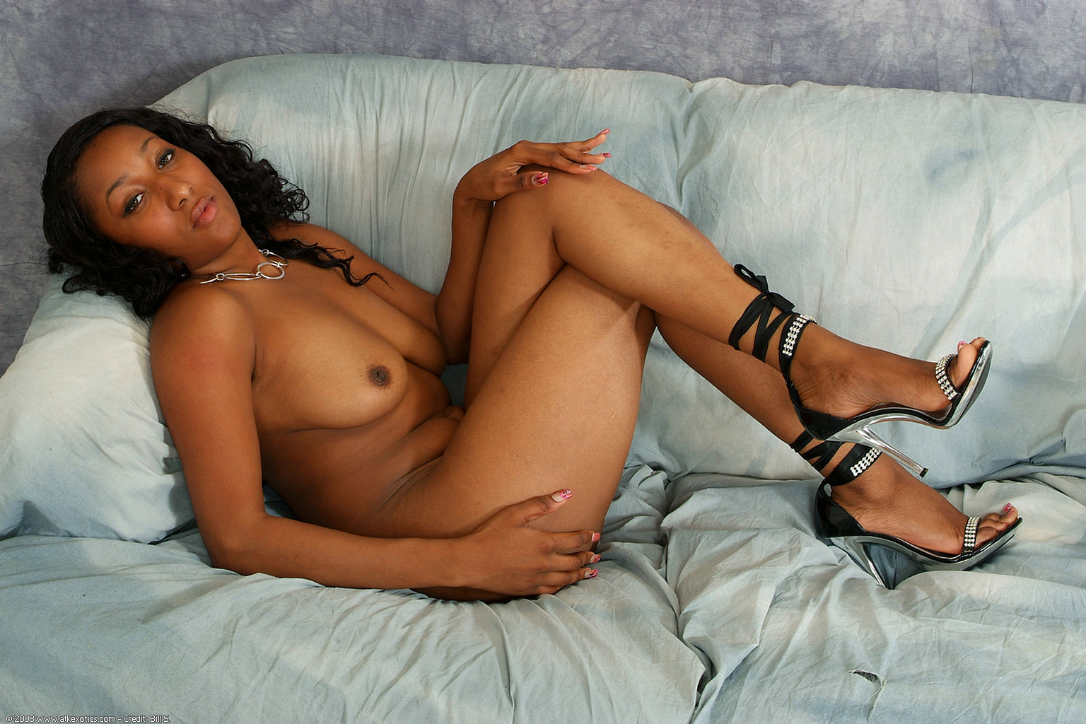 Latina mature pic