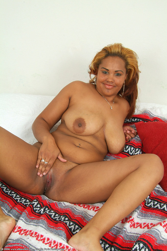 Sweet bald shemale pussy