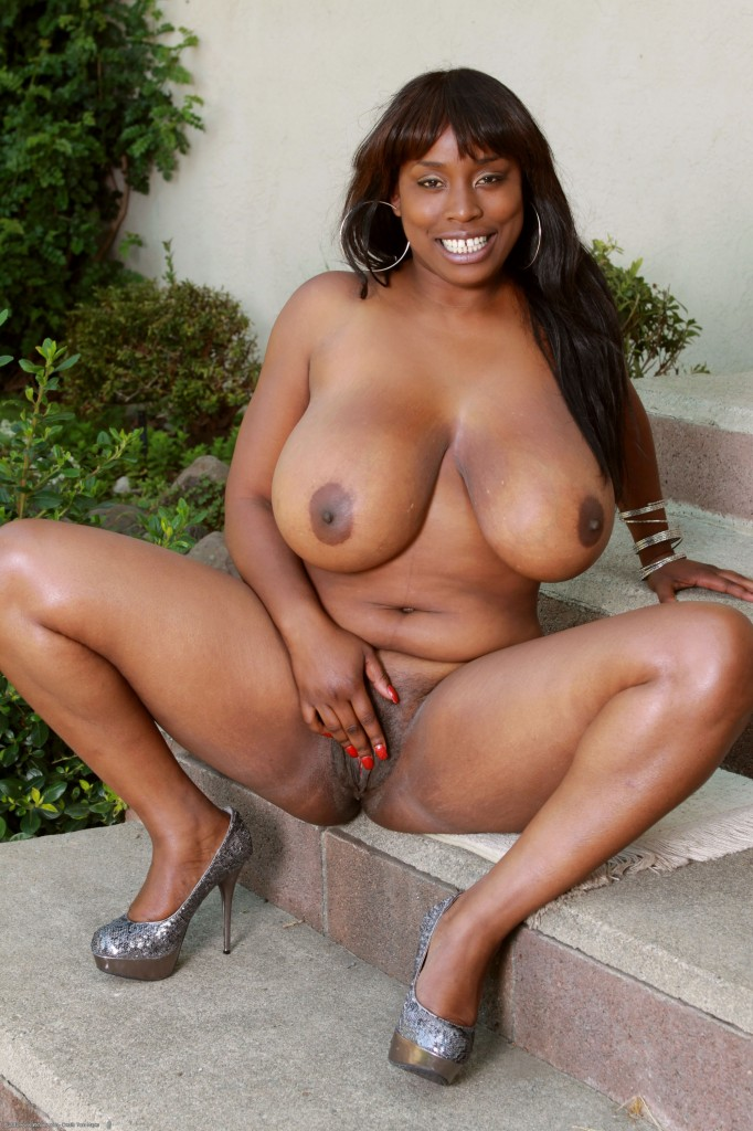 Ebony female pornstar